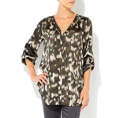 Wallis - Khaki camouflage print shirt