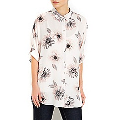 Wallis - Blush floral printed shirt