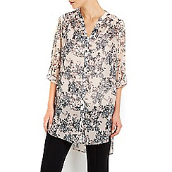 Wallis - Pale pink butterfly printed shirt