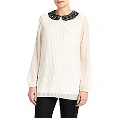 Wallis - Lace collar pleated top