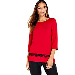 Wallis - Red lace woven hem top