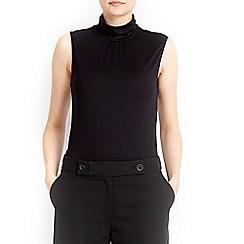 Wallis - Black sleeveless polo neck