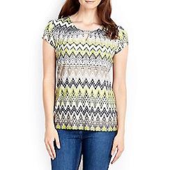 Wallis - Coral zig zag printed t-shirt