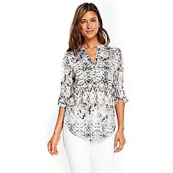 Wallis - Monochrome snake print lightweight shirt