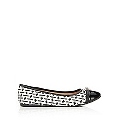 Wallis - Mixed material ballerina shoe