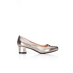 Wallis - Pewter low heel square court shoes