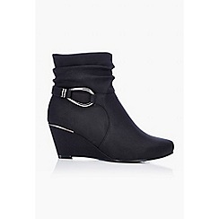 Wallis - Black leather look wedge boot