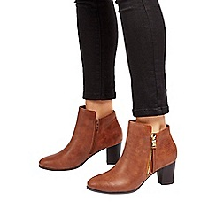 Wallis - Tan side zip ankle boot