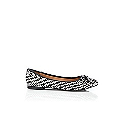 Wallis - Black and white spot ballerina shoe