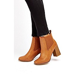 Wallis - Tan pull on chelsea ankle boots