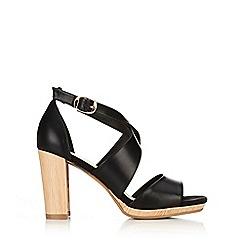 Wallis - Black strap sandal