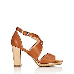 Wallis - Tan strap heeled snadal