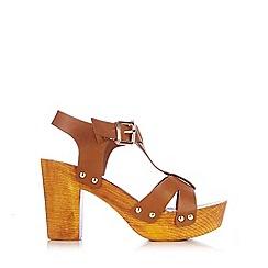 Wallis - Tan t-bar clog heel