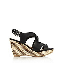 Wallis - Black open toe wedge