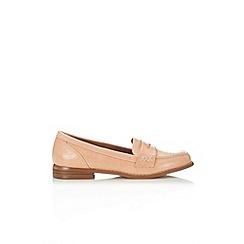 Wallis - Peach textured loafer