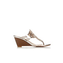 Wallis - Gold cutout wedge mule