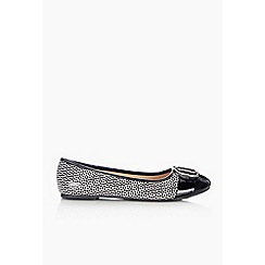 Wallis - Monochrome trim ballerina shoe