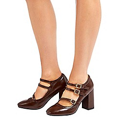 Wallis - Camel strappy block heeled court shoe