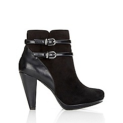 Wallis - Black military platform ankle boot