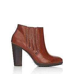 Wallis - Brown platform ankle boot