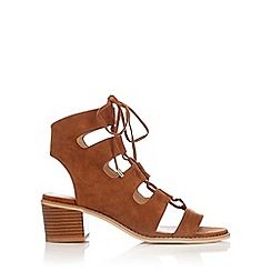 Wallis - Brown lace up block heel
