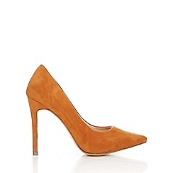 Wallis - Tanned high heel pointed court