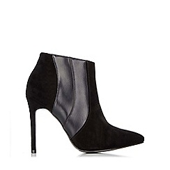 Wallis - Black pointed ankle boot