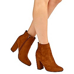 Wallis - Camel pointed ankle boot