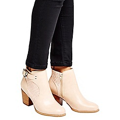 Wallis - Stone buckle ankle boots