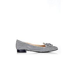 Wallis - Black pointed jewel shoes