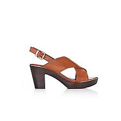 Wallis - Tan clog sandals
