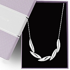 Jon Richard - Polished silver five leaf necklace