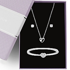 Jon Richard - Great value cubic zirconia heart trio jewellery set