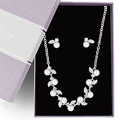 Jon Richard - Online exclusive pearl and crystal leaf jewellery set