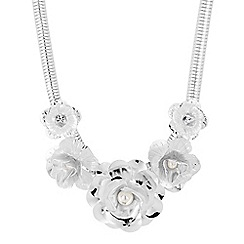 The Collection - Pearl and silver metal flower necklace