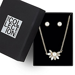 The Collection - Pearl and crystal flower jewellery set