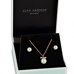 Alan Hannah Devoted - Designer cubic zirconia rose gold bow pearl drop jewellery set