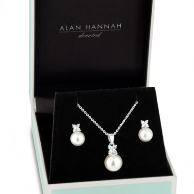 Alan Hannah Devoted Designer cubic zirconia butterfly pearl necklace and earring set - . -