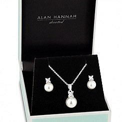 Alan Hannah Devoted - Designer cubic zirconia butterfly pearl necklace and earring set