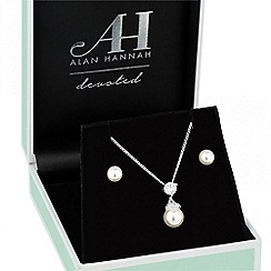 Alan Hannah Devoted - Designer cubic zirconia pearl drop jewellery set