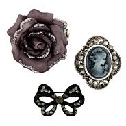 Set of three novelty brooches