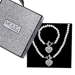 Mood - Pave heart pearl necklace and matching bracelet set