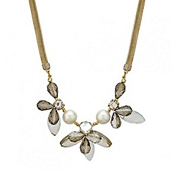 Mood - Pearl and facet bead flower necklace