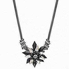 Mood - Statement jet bead flower pendant necklace