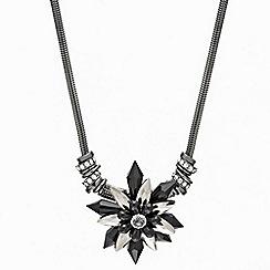 Mood - Statement jet bead flower pendant necklace