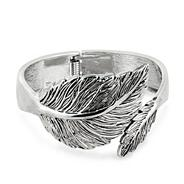 Antique silver decorative leaf hinged bangle