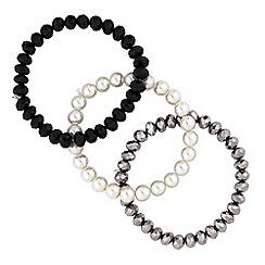 Red Herring - Monochrome pearl bracelet set