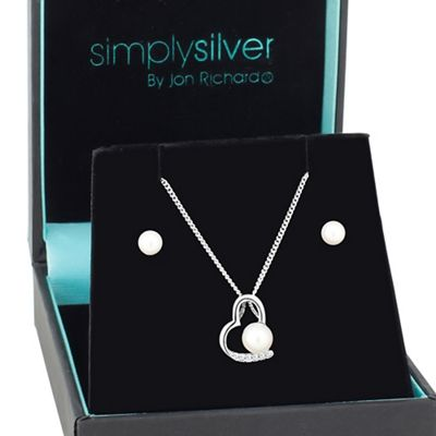 Simply Silver Open heart with pearl centre pendant and