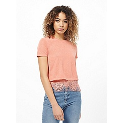 Miss Selfridge - Coral lace split back tee