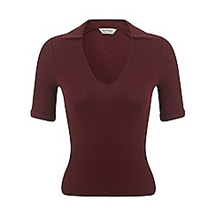 Miss Selfridge - Burgundy v neck polo tee